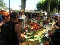 Le marché aux légumes de Goudargues